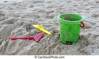 Pail and shovel to play