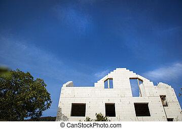 房子, 建設