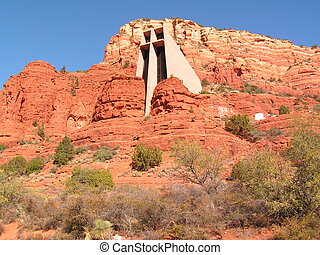CHURCH OF THE HOLY CROSS BY FRANK LLOYD WRIGHT\'S STUDENT