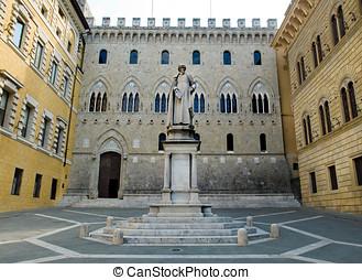 Monument to Sallustio Bandini in Piazza Salimbeni. Siena,...