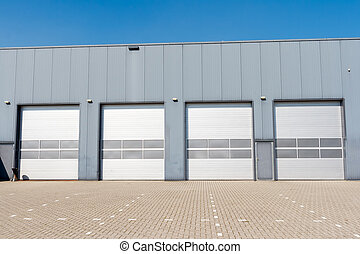 Industrial unit - ndustrial Unit with roller shutter doors