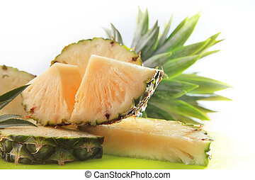 piece of slicing pinapple ready to eat
