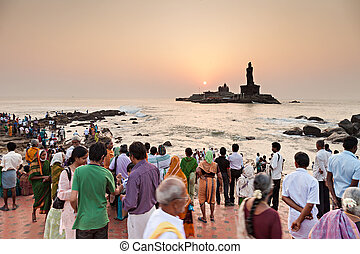 Vivekananda and Thiruvalluvar statues - KANYAKUMARI, INDIA -...