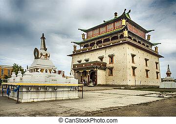 Gandan monastery in Ulan Bator - Gandan monastery in ulan...