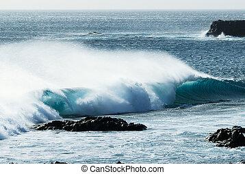 ocean waves - beautiful ocean waves during storm