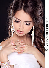 Beautiful young bride portrait in white dress Fashion Beauty...