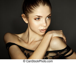 beautiful woman - natural make-up and beautiful skin texture