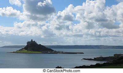St. Michael's Mount timelapse. - Mounts bay and St....