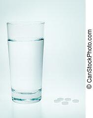 água, aspirina