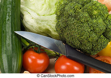 knife and vegetables