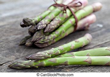 fresh asparagus - fresh green asparagus