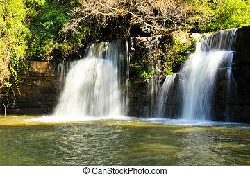 cascada, Tailandia