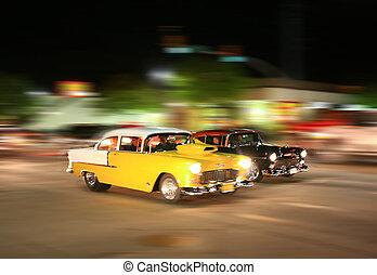 Vintage American Muscle - Vintage amercian cars racing off...
