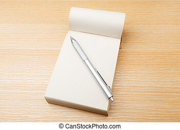 Memo pad and pen