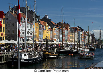 The Colorful Buildings of Nyhavn in Copenhagen - the skyline...
