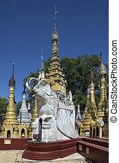 Kakku Temple Complex - Shan State - Myanmar - Elephant Stupa...