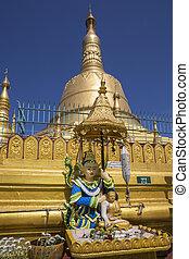 Shwemawdaw Paya - Bago - Myanmar - The 'Mon' pagoda of...