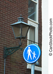 footpath - Footpath sign in the netherlands