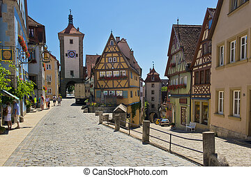 Ploenlein in Rothenburg ob der Tauber - One gate of the...