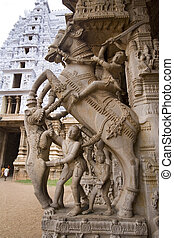Srirangam - Tamil Nadu - India - Sculpture on the outside of...