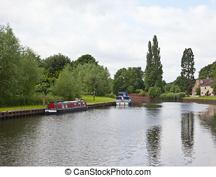 Barge - Photo of a barge in Sprobrough, Doncaster, England,...