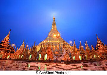 Shwedagon pagoda at twilight, Rangon,Myanmar