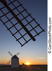 Sunset in La Mancha - Spain - Sunset and windmills in Campo...