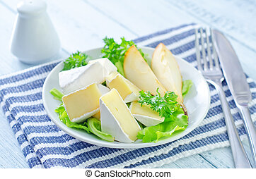 salada, camembert, pêras