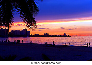 San Juan Puerto Rico Sunset - A beautiful sunset in the Isla...
