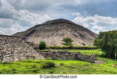 Teotihuacan, pirámide, sol