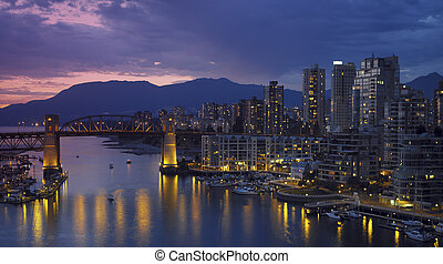 Vancouver - Canada - Yaletown and the Burrard Bridge in...