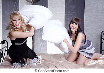 best friend in bed with pillow fight