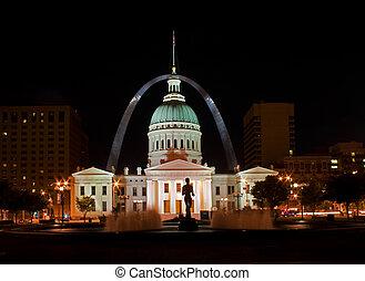 St Louis - old court house at night - St Louis old court...