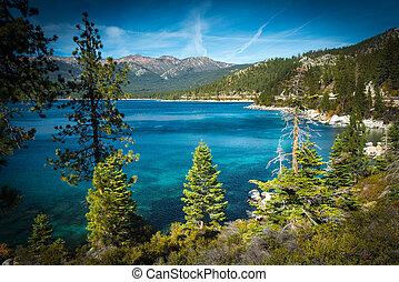 Lake Tahoe - Lake surrounded by mountains, Lake Tahoe,...