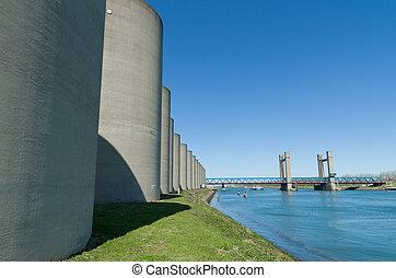 concrete windbreak - windbreak around the bridge over the...
