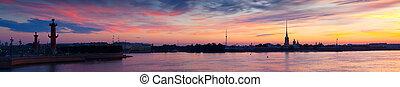 Panorama of Neva river in dawn. Saint Petersburg - Panorama...