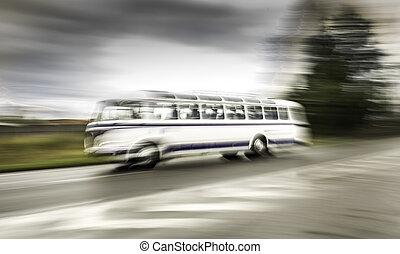 高速道路, 古い, バス, ぼんやりさせられた, 動き, スピード違反