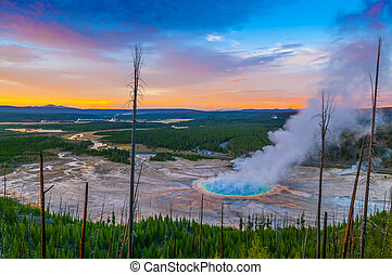 Grand Prismatic Geyser from above - Grand Prismatic Geyser...