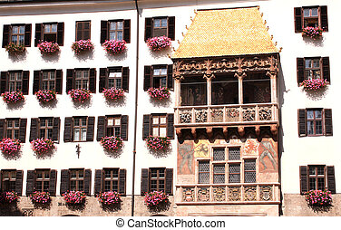 Goldenes Dachl in Innsbruck - Golden roof in Innsbruck,...