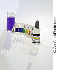 Alkaline water test ph reagent purple color