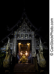 Wat Lok Moli - Church of Wat Lok Moli with Thai Lanna style