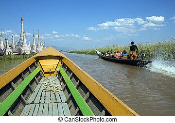 Inle Lake - Shan State - Myanmar - Inle Lake in Shan State...