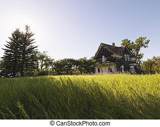lantgård, Hus, övergiven