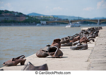 The Shoes River Danube Budapest - The Shoes on the Danube...