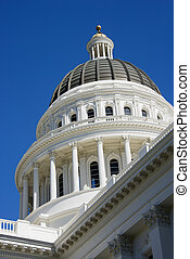 Sacramento Capitol building dome - Low angle of the dome at...