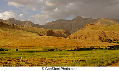 Iraqi mountains in autonomous Kurdistan region near Iranian...