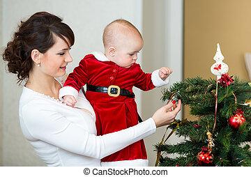mère, bébé, girl, décorer, noël, arbre, maison
