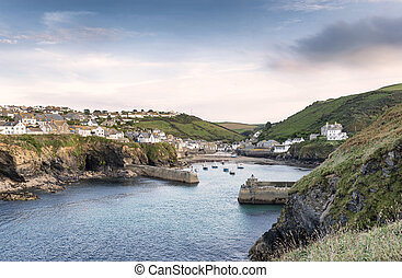 Port Isaac in Cornwall - Port Isaac an historic fishing port...