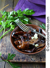 roasted wild mushrooms with garlic, food