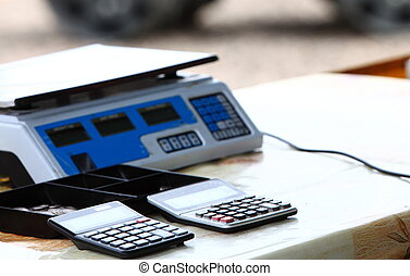 Electronic scale and two calculators - Electronic food...